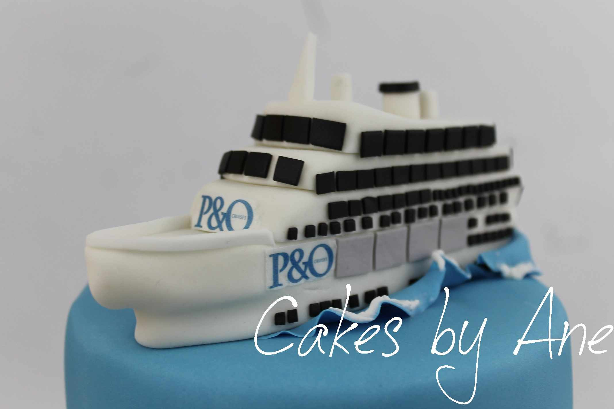 Cakes By Ane - Cruise ship cake