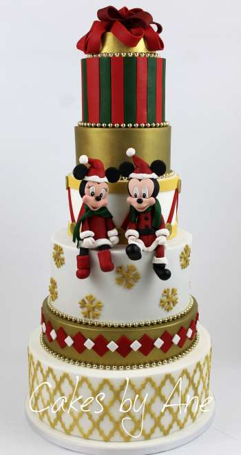 Mickey Mouse Christmas Cake